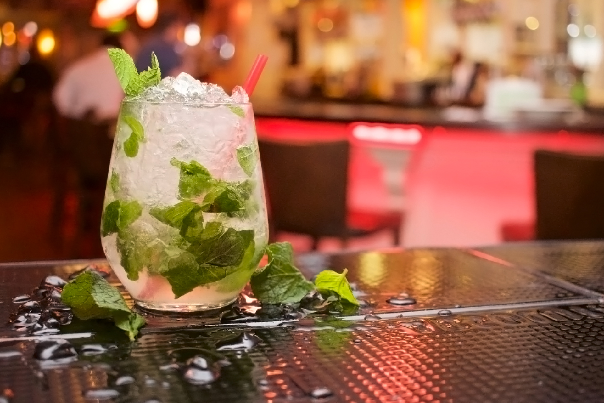The 10 Most Popular Drinks to Order at a Bar | Drink Repent